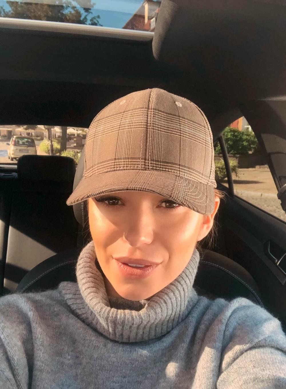 Agnieszka Wesolowska czapka i golf wesowow