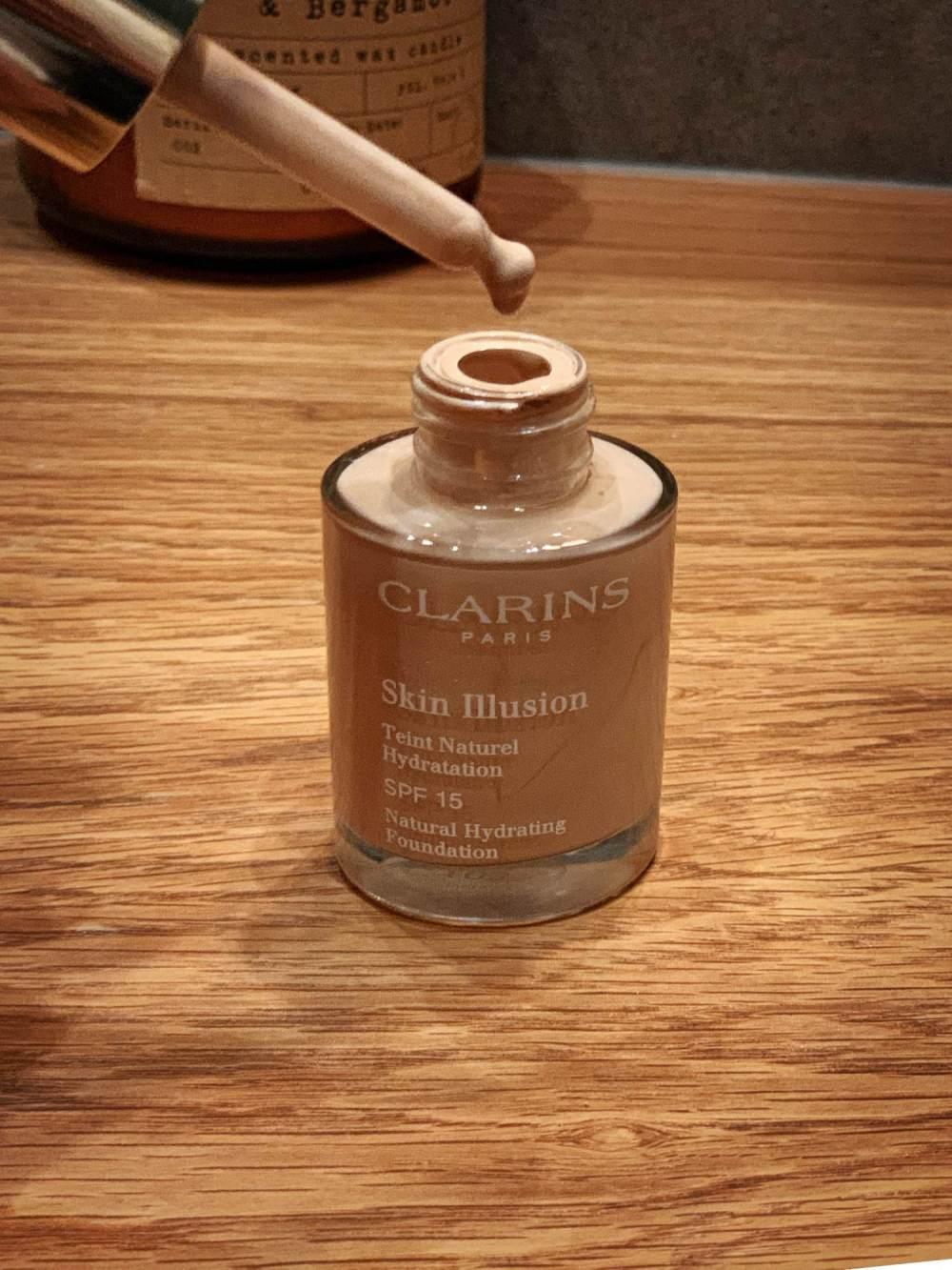 clarins skin illusion wesowow