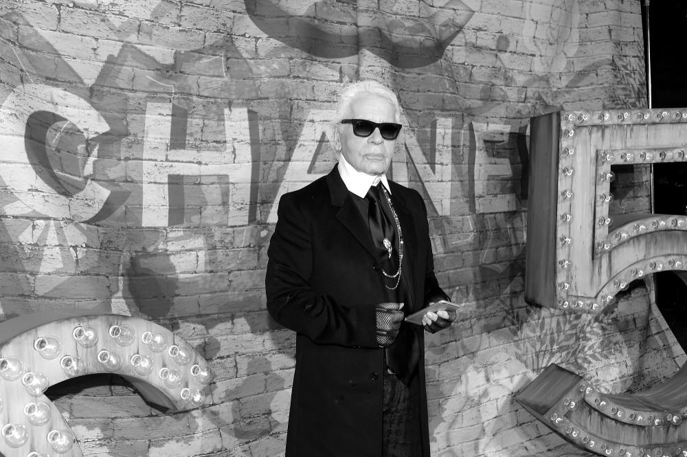 Karl Lagerfeld nie zycje wesowow.jpg